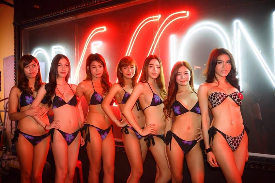thai bar women